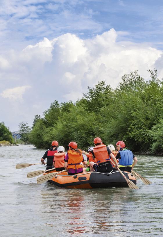 Spływy pontonowe rzeką Wkrą